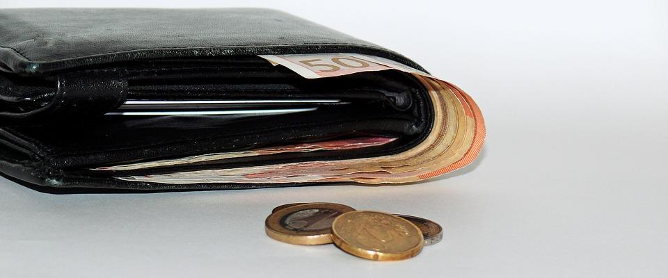 Refinancování pomáhá