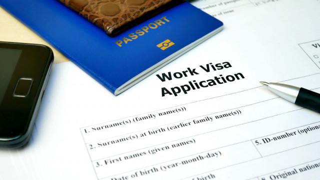 Pracovní povolení pro cizince, jak to funguje?